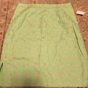 Liz Claiborne embroidered skirt size 8